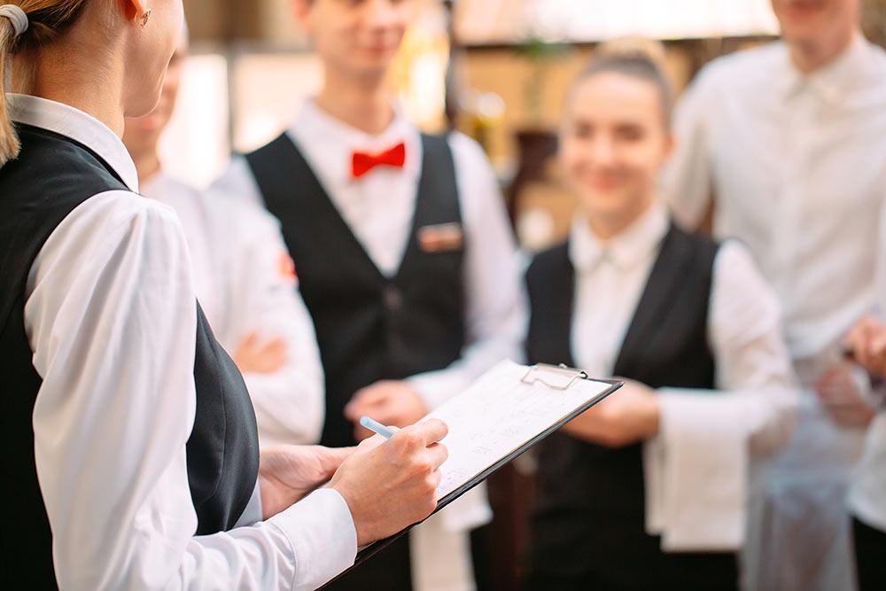 unika diffusion: divise professionali divise per receptionist, baristi e camerieri