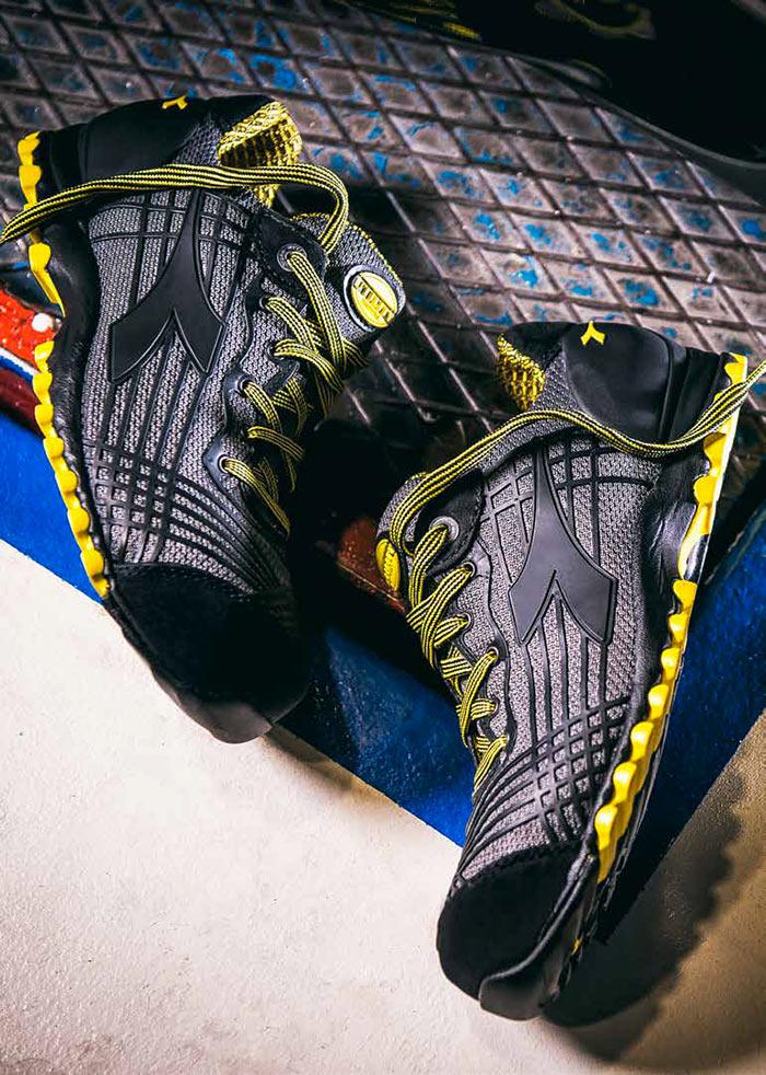 le scarpe antinfortunistiche sono certificate secondo le più recenti norme di sicurezza